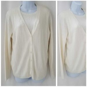 Sweaters - ALFRED DUNNER~Ivory Button Front Sweater Small
